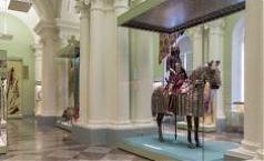 Фото Выставка оружейного искусства востока и запада