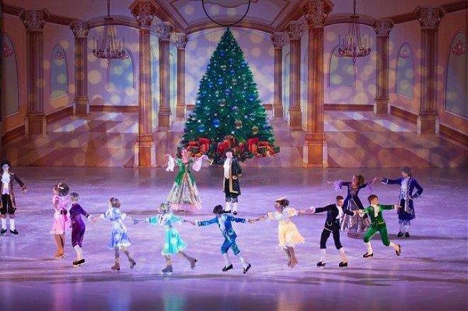 Слайдер Новогодняя программа «Сказка на льду»