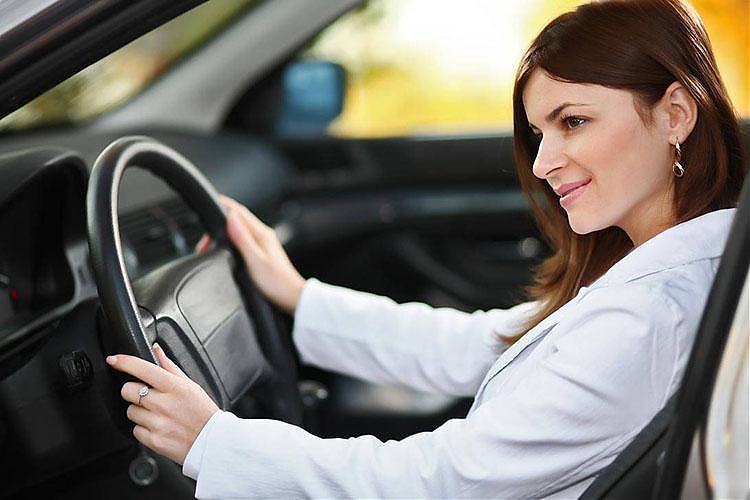 фото Астанинские водители боятся «девиц на крузаках»