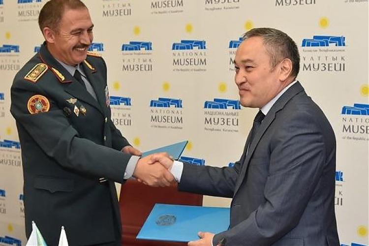 фото Подписан Меморандум о сотрудничестве между Национальным музеем РК и Национальной гвардией РК