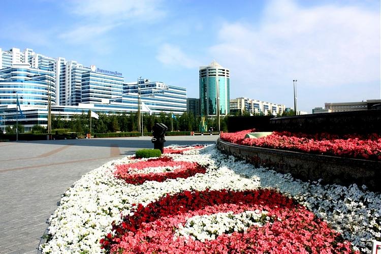 фото Зеленей и цвети, Астана