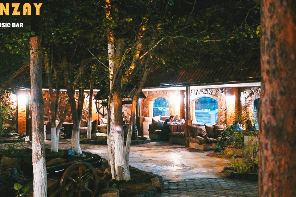 фото Banzay Music Bar