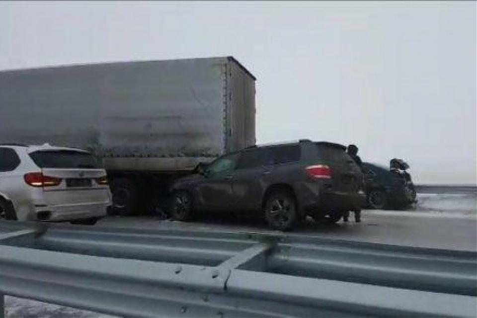 фото Десять машин столкнулись на трассе «Астана-Караганда», есть пострадавшие