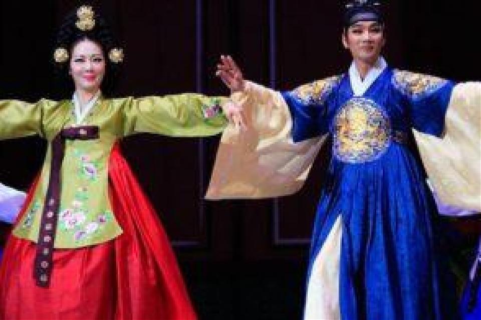 фото Концерт в честь 25-летия установления дипломатических отношений между Республикой Корея и Республикой Казахстан