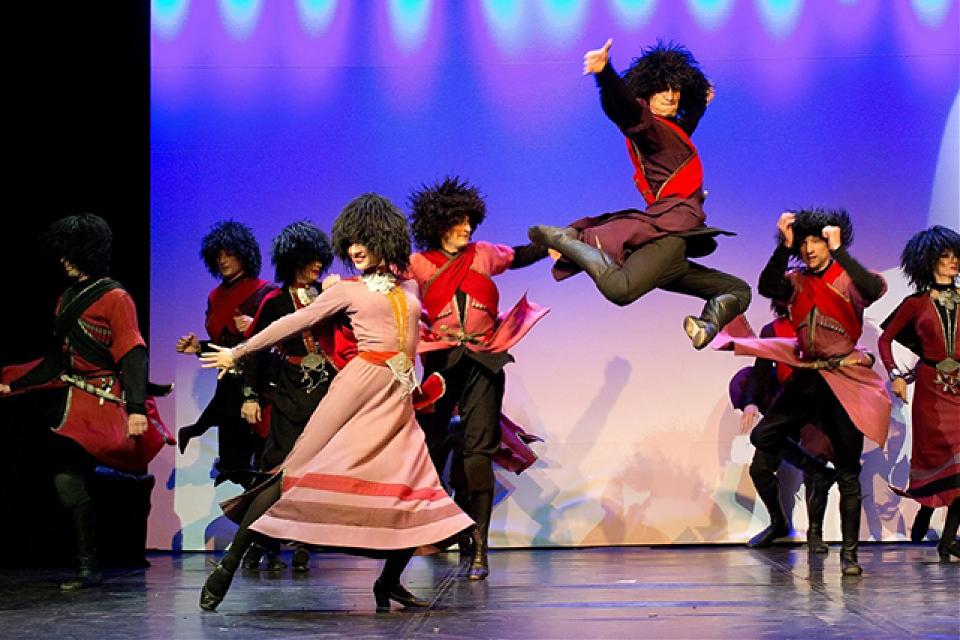 фото Шоу «Летающие Грузины»