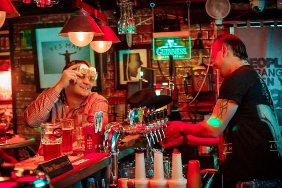 фото The Rocks Bar